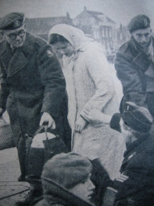 Militairen redden inwoners van Oude Tonge