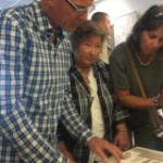 De open dag werd ook bezocht door de moeder van Jack Middelburg (midden)