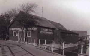 Het pakhuis van de graanhandel Verhagen aan het Zuideinde in Naaldwijk